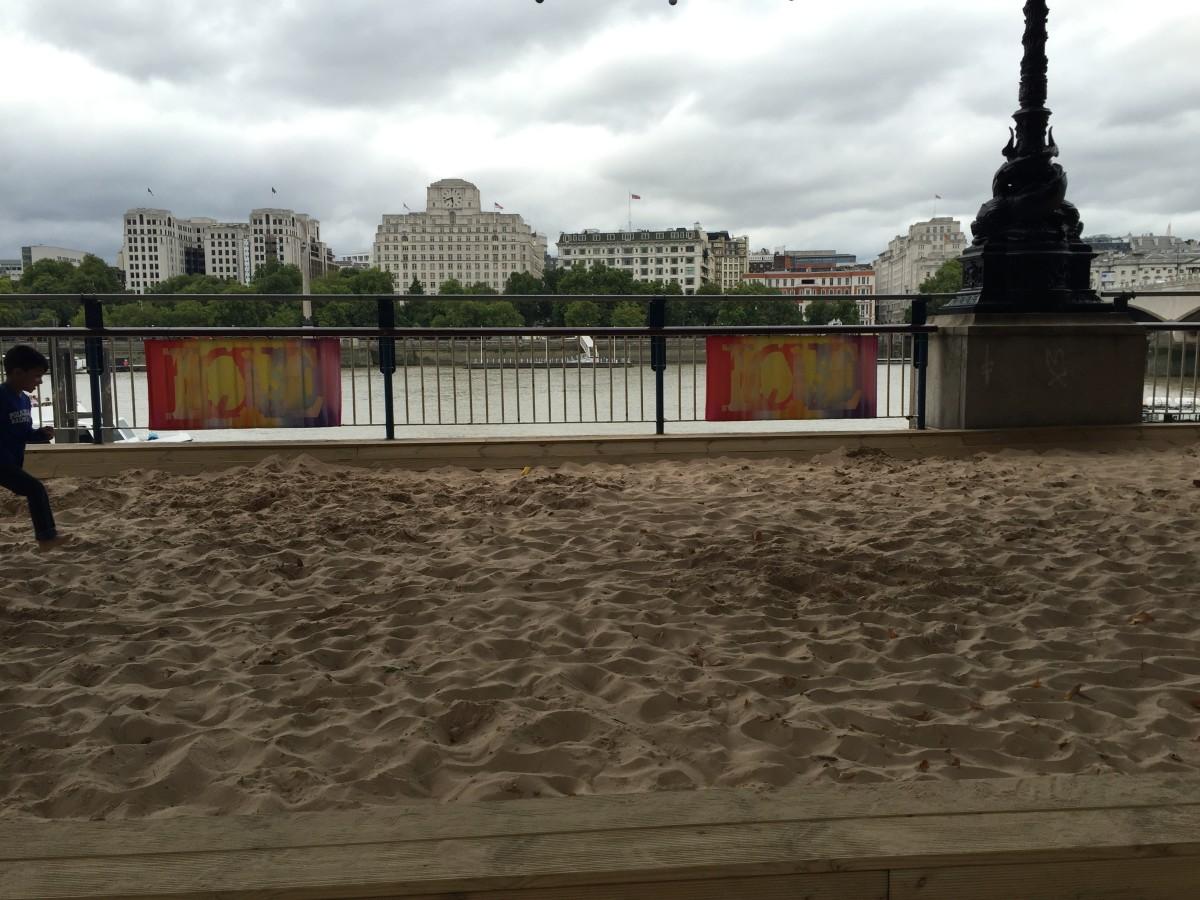 "The ""beach"". London travel guide"