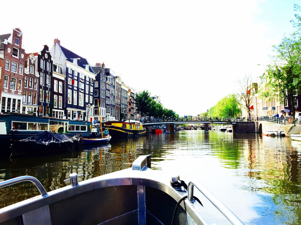 Amsterdam by Boat and Foot