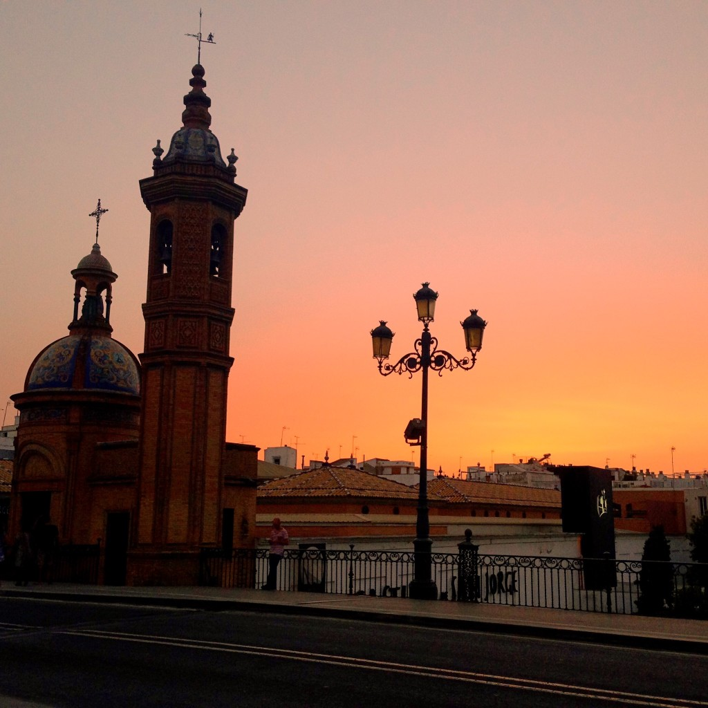 Gorgeous riverside sunsets, Sevilla