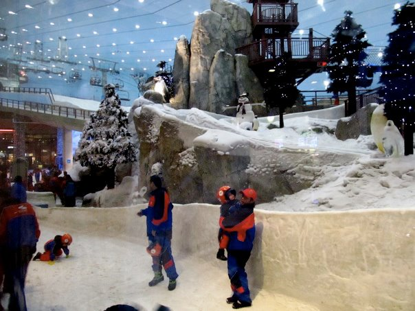 Ski Dubai, one of the many attractions inside Mall of the Emirates. Dubai travel guide