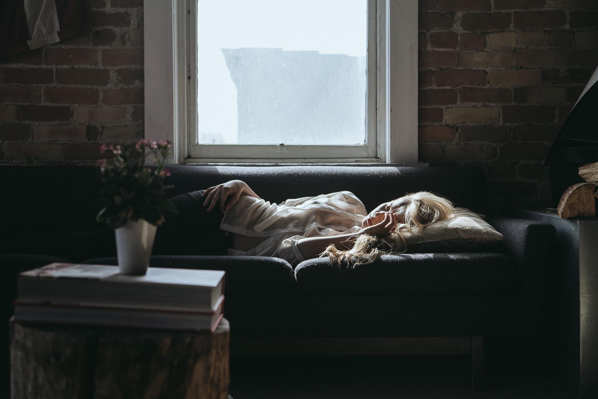 couchsurf. Alternative accommodation.