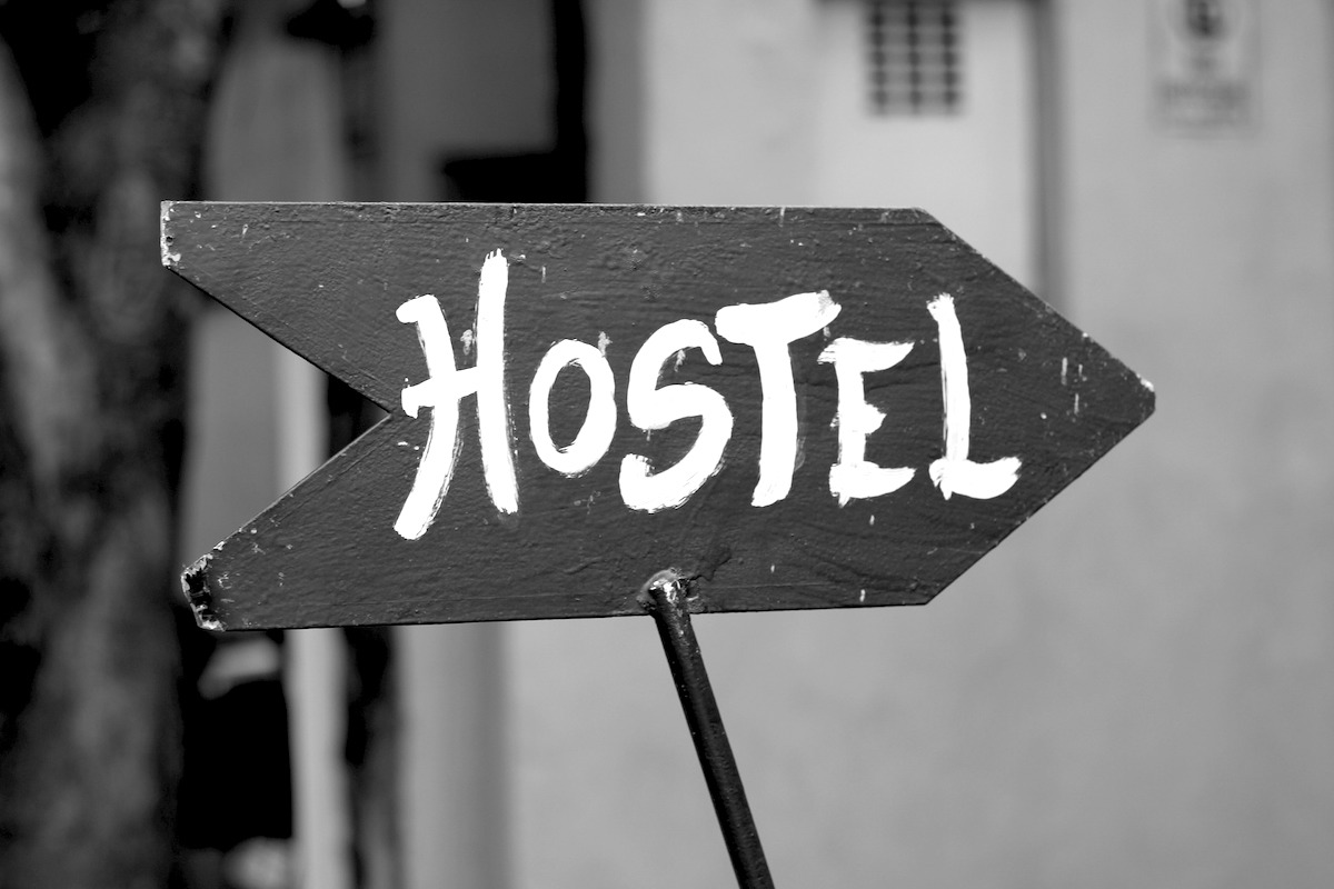 Whether you want to make friends while traveling or just want to save money, read this hostel survival guide to help you book the best hostel experience! | http://passportandplates.com