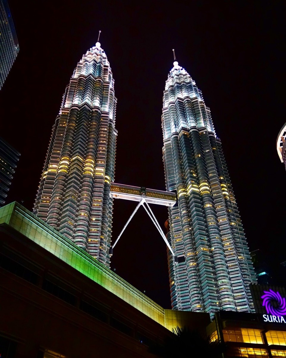 10 Days in Malaysia Itinerary: Travel Guide of Must Visit Places - Passport & Plates