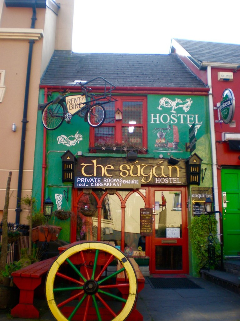 The Ultimate Guide to Choosing a Good Hostel - Passport & Plates